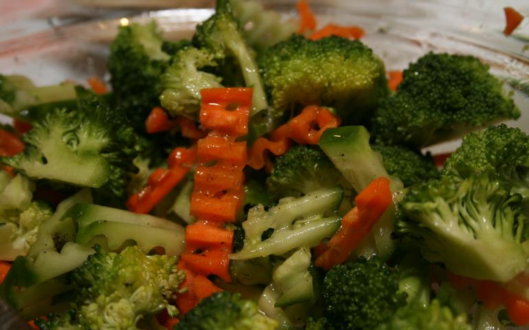 Broccoli_salad